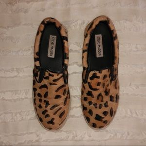 On trend! Cheetah Slides size 6.5